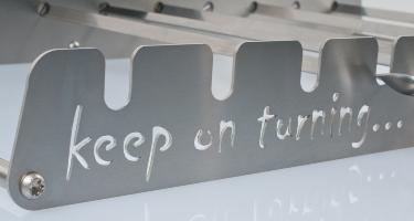 Keep on turning.. automatico gira arrosticini Mangal Shashlik in Acciaio inox Grill